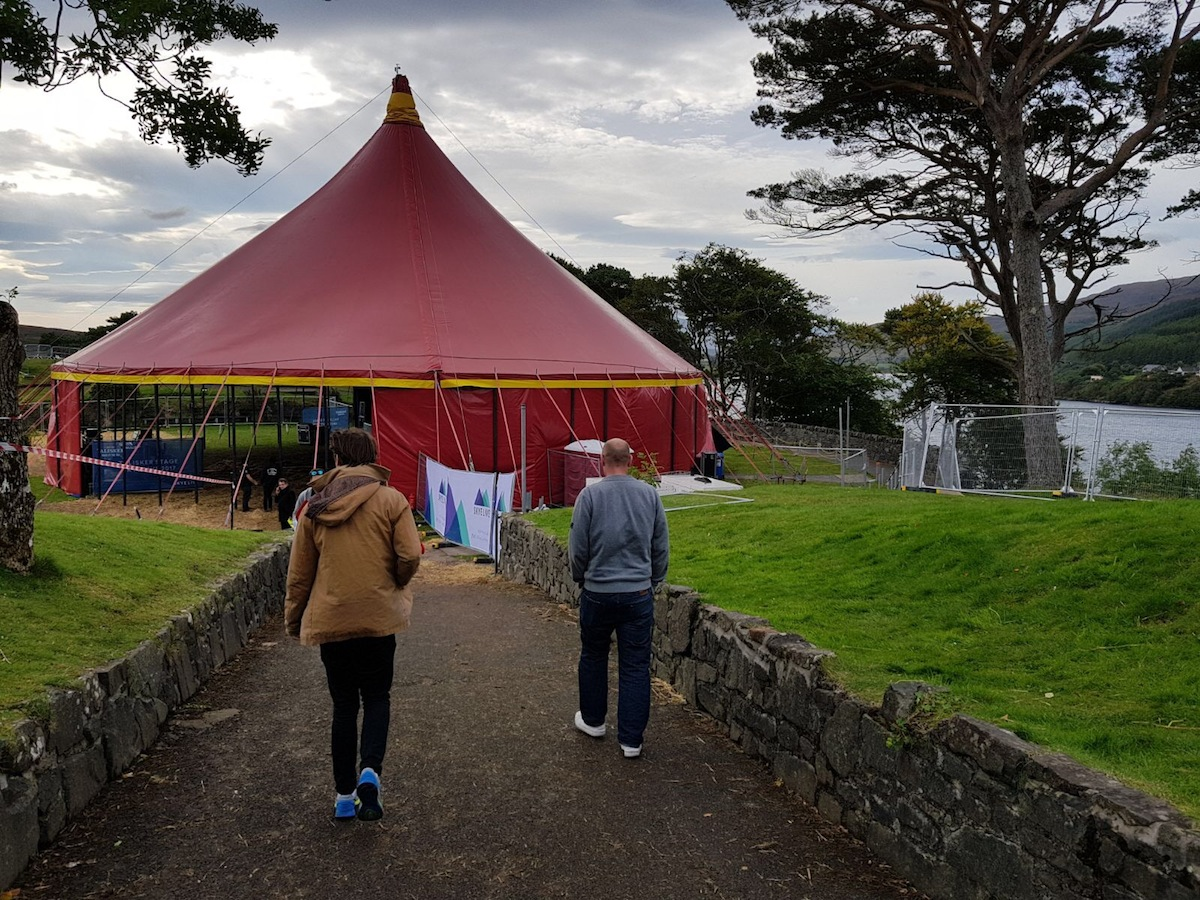 Big top o the morning to ye