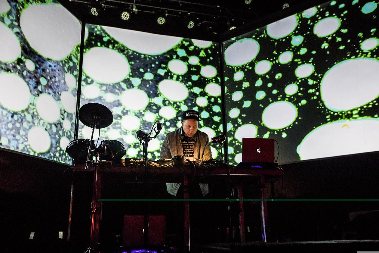 DJ Shadow, Fonda Theatre (Kielen Photography)