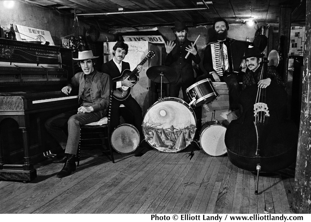 The Band. L-R: Richard Manuel, Robbie Robertson, Levon Helm, Garth Hudson, Rick Danko.
