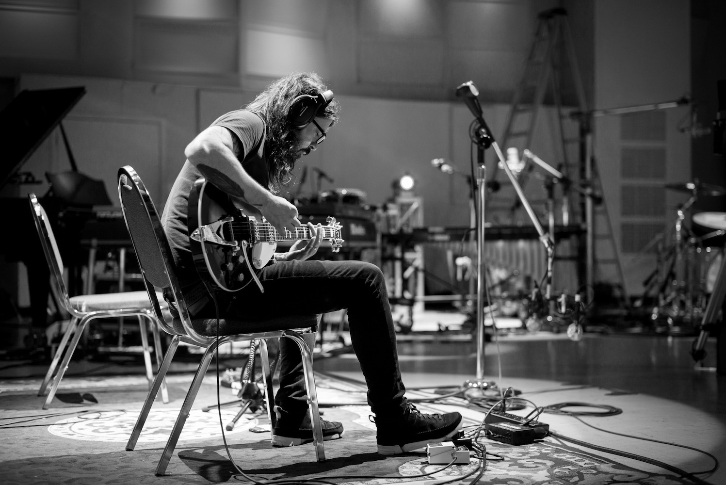 Dave Grohl (Credit: Andrew Stuart)