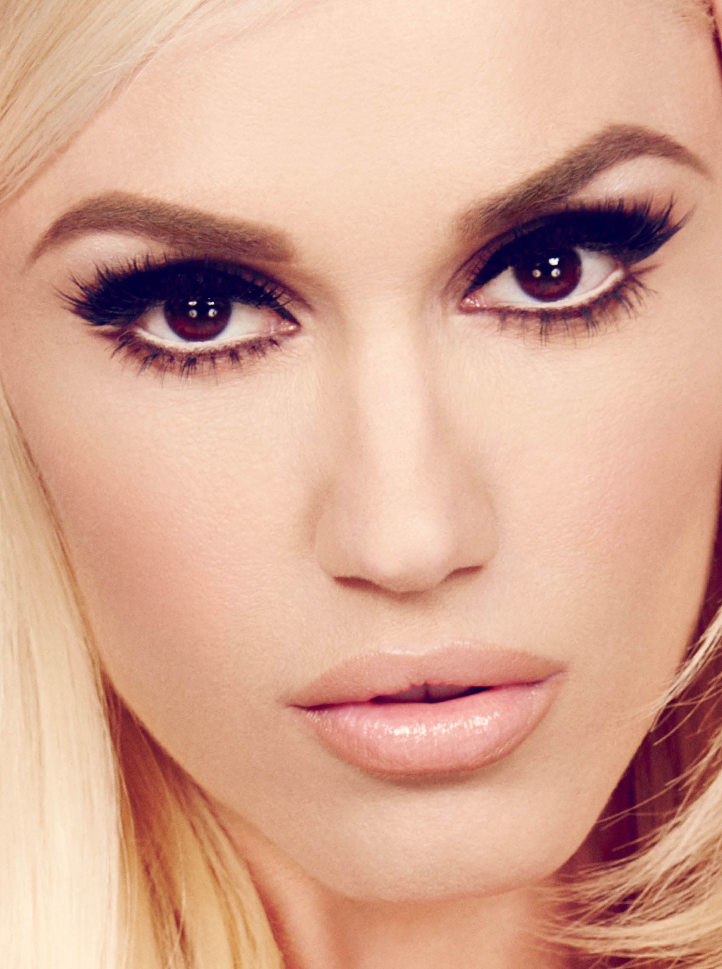 A Girl's Best Friend: ... Gwen Stefani