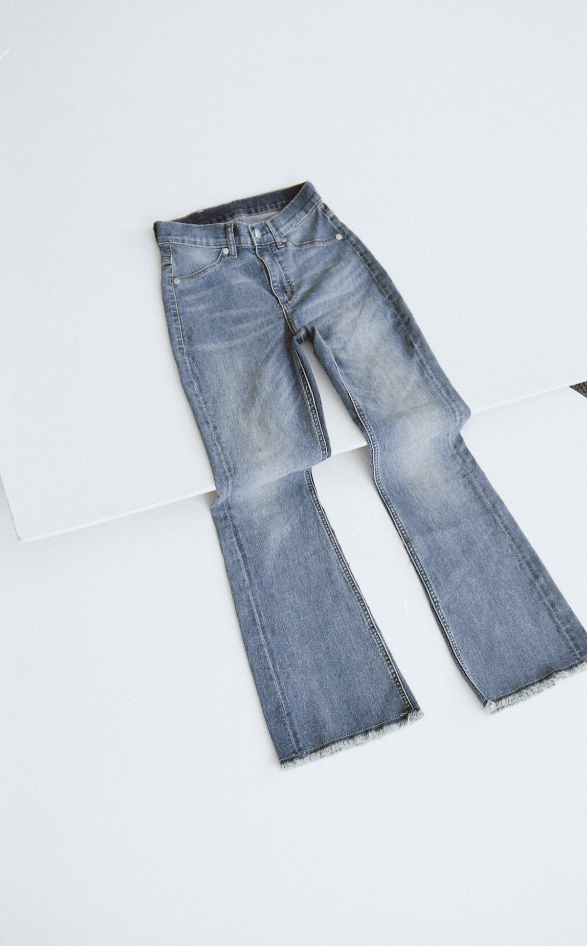 Kick Spray Blue Noise Jeans