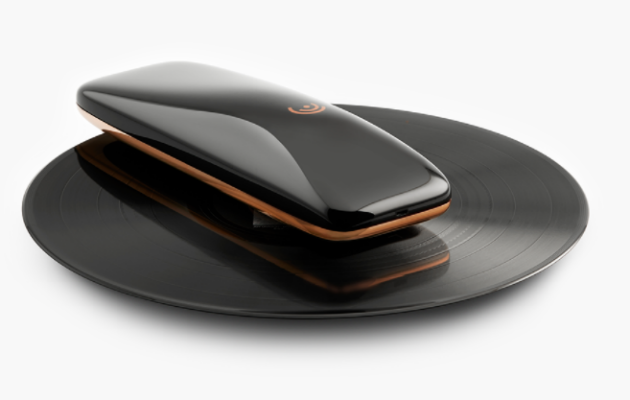 This Device Turns Your Smartphone Into A Turntable