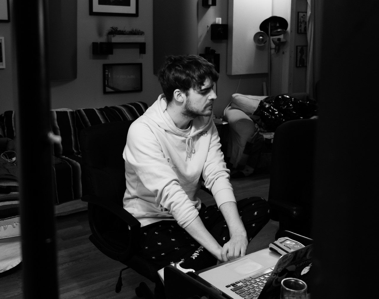 Ryan Hemsworth, EDEN Collaborate On Icy New Release 'Cold Feet'