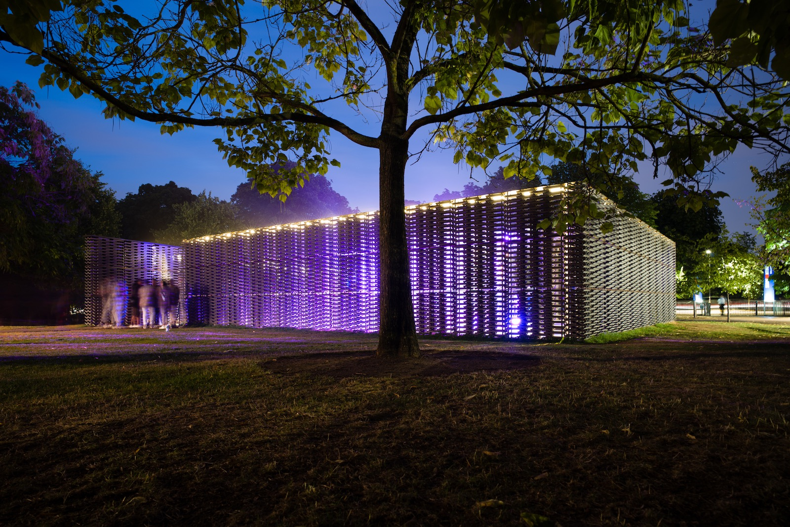 Shy One & Victoria Sin 'The Sky as an Image, an Image as a Net', Serpentine's Pavilion